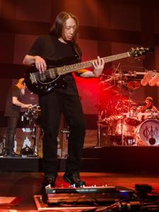 2017-05-13-Dream Theater013