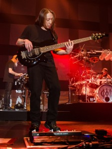 2017-05-13-Dream Theater013