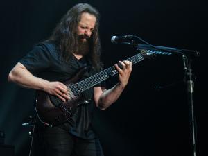 2017-05-13-Dream Theater019