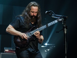 2017-05-13-Dream Theater035