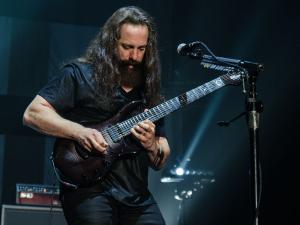 2017-05-13-Dream Theater035