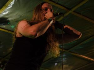 Metal Embrace-09
